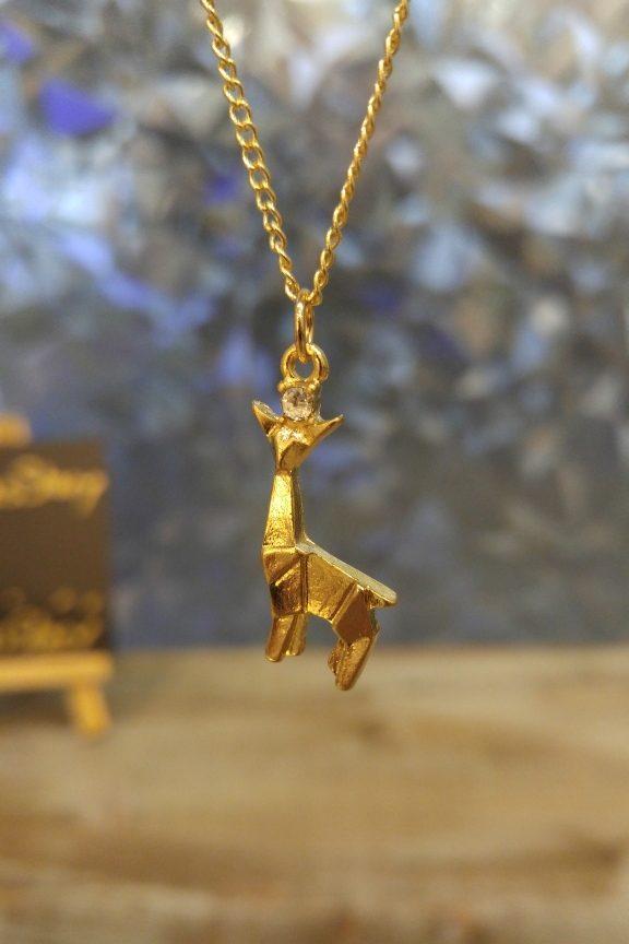 κολιέ-origami-καμηλοπάρδαλη-χρυσό