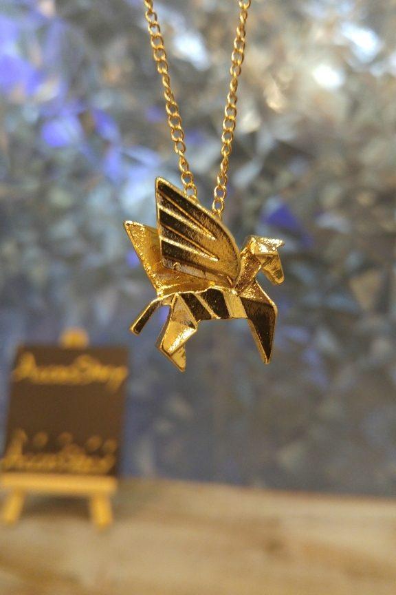 κολιέ-origami-πήγασος-χρυσό