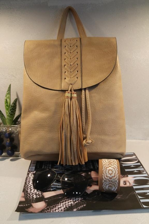 backpack-indian-mpez-pokahontas