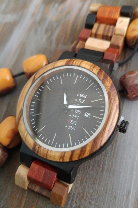 ξύλινο-ρολόι-χειρός-μπρασελέ-πολύχρωμο
