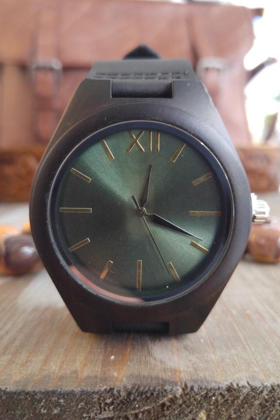 ξύλινο-ρολόι-πράσινο