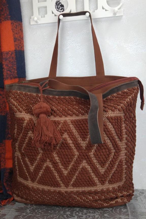 τσάντα-χειροποίητη-πλεκτή-καφέ
