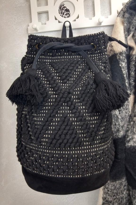 86303c8482 Τσάντα χειροποίητη πλεκτή πλάτης μαύρη  India Story  - Accesstory.gr