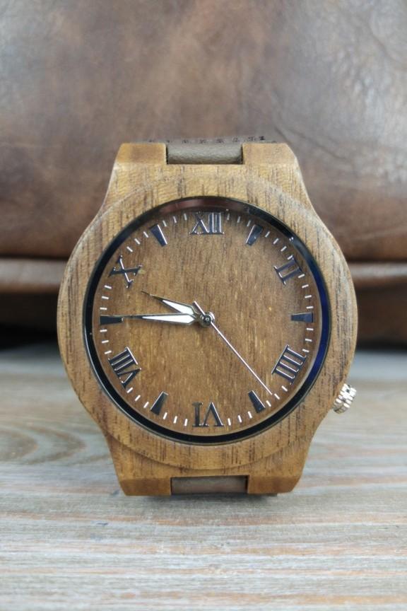 ξύλινο-ρολόι-καφέ
