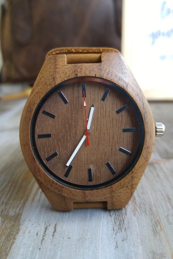 Ξύλινο ρολόι  Ancient Wood  μπεζ λουράκι-Ρολόγια Bamboo -Accesstory.gr 88dcc09b362