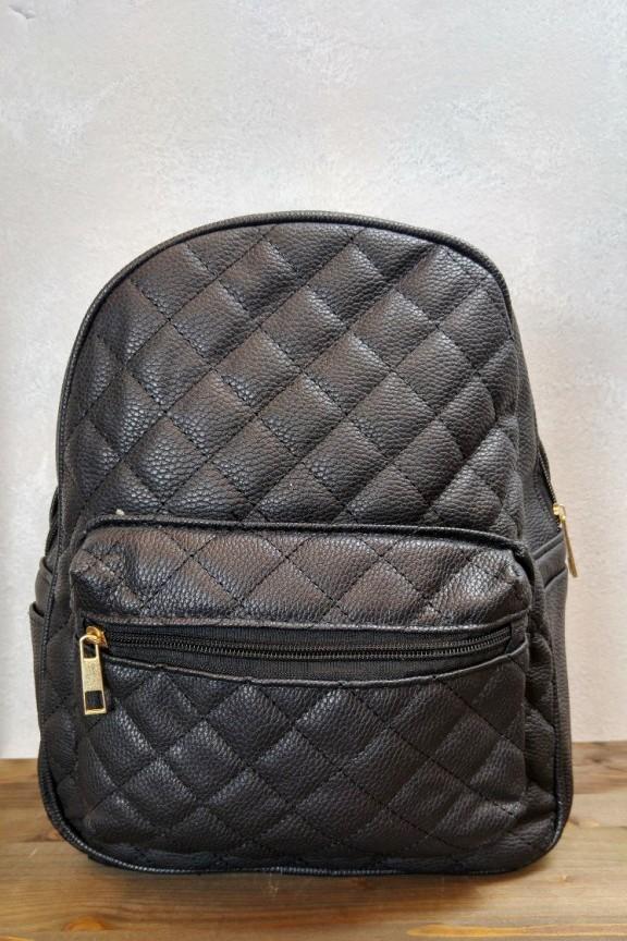 τσάντα-πλάτης-καπιτονέ-μαύρη