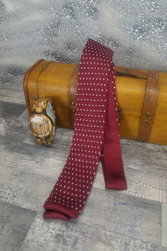 πλεκτή-γραβάτα-πουά-μπορντώ