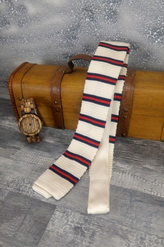 πλεκτή-γραβάτα-ρίγα-λευκή