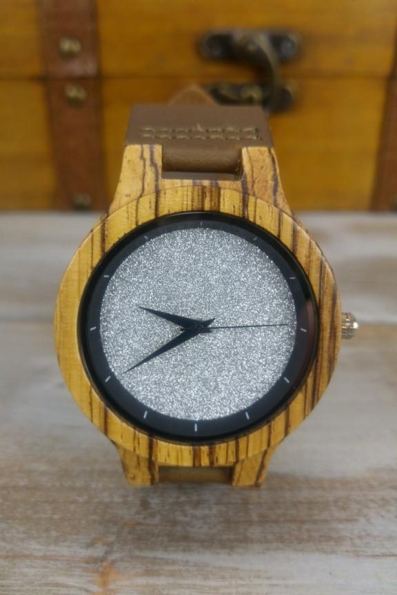 ξύλινο-ρολόι-ασημί