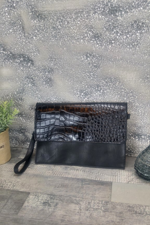 τσάντα-φάκελος-μαύρος-κροκό