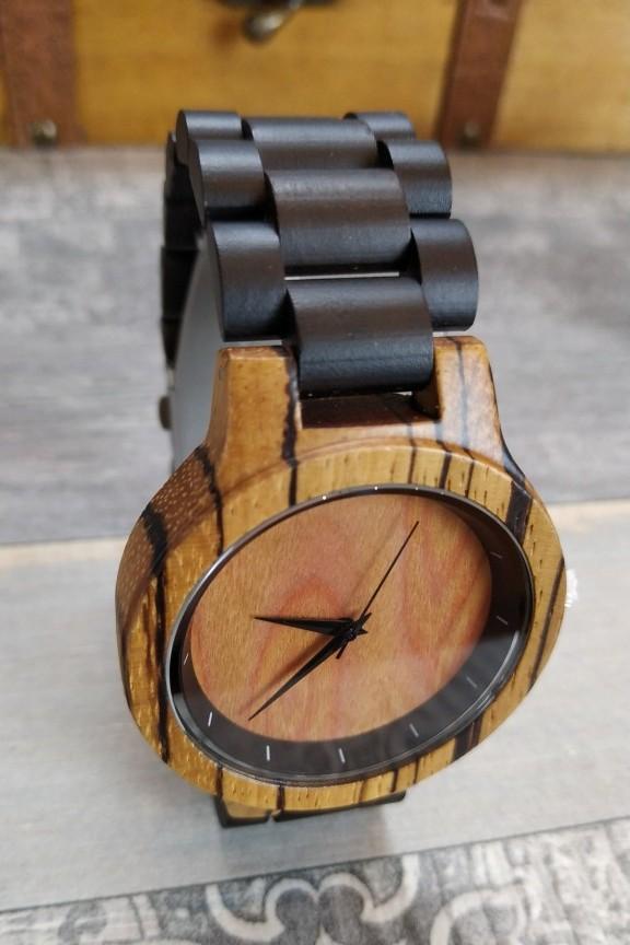 ξύλινο-ρολόι-χειρός-μπρασελέ-μαύρο