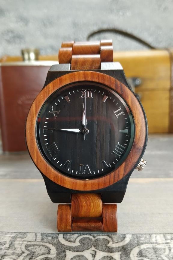 ανδρικό-ξύλινο-ρολόι-μαύρο-μπρασελέ