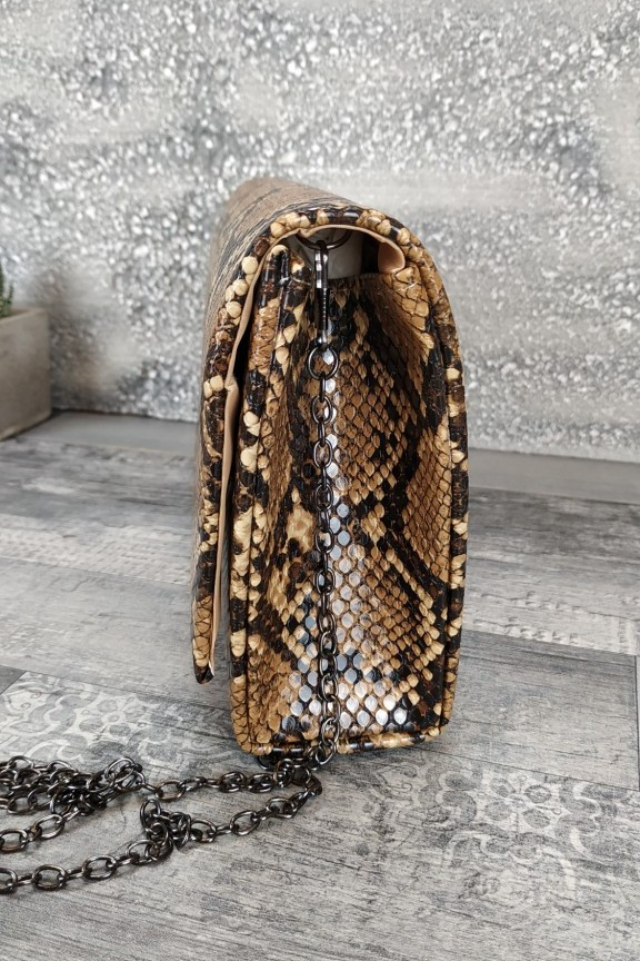 τσάντα-φάκελος-φίδι-καφέ