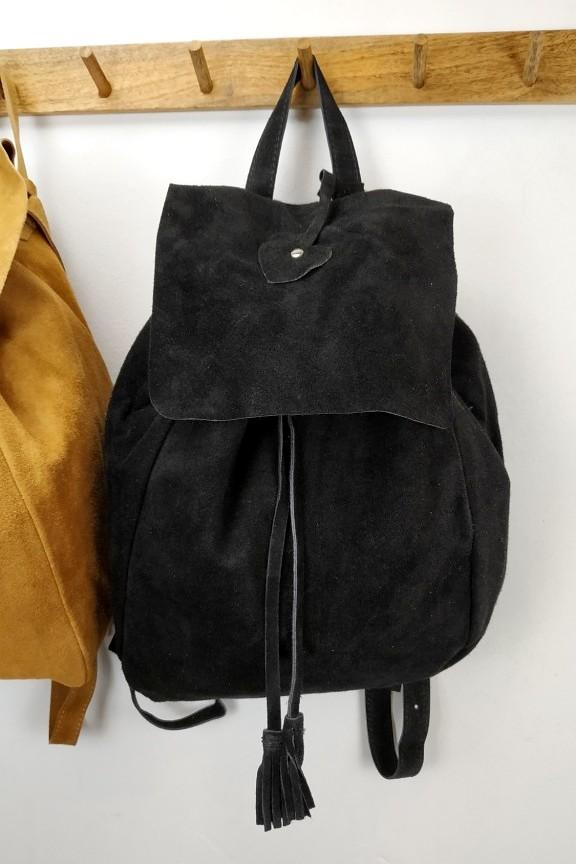 γυναικείο-δερμάτινο-backpack-μαύρο-σουέτ