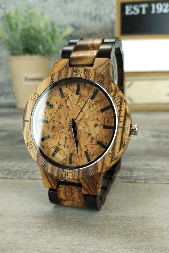 ξύλινο-ρολόι-χειρός-μπρασελέ-φελός-διχρωμία