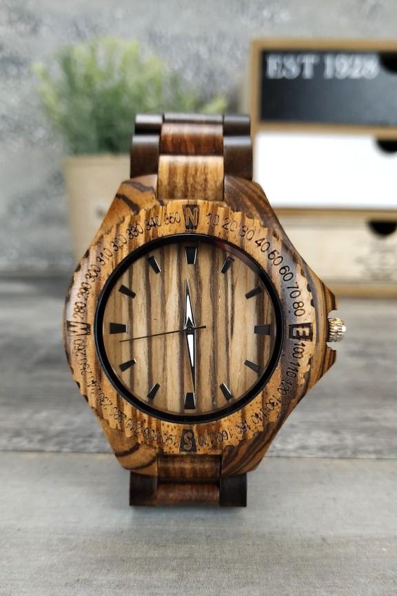 ξύλινο-ρολόι-χρονογράφος-μπρασελέ-διχρωμία