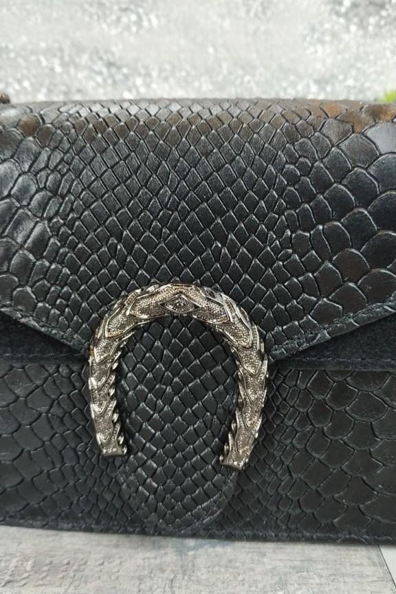 δερμάτινη-τσάντα-κροκό-μαύρη-αλυσίδαδερμάτινη-τσάντα-κροκό-μαύρη-αλυσίδα