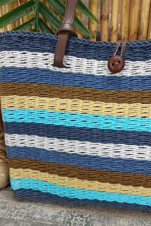ψάθινη-πλεκτή-τσάντα-γαλάζια