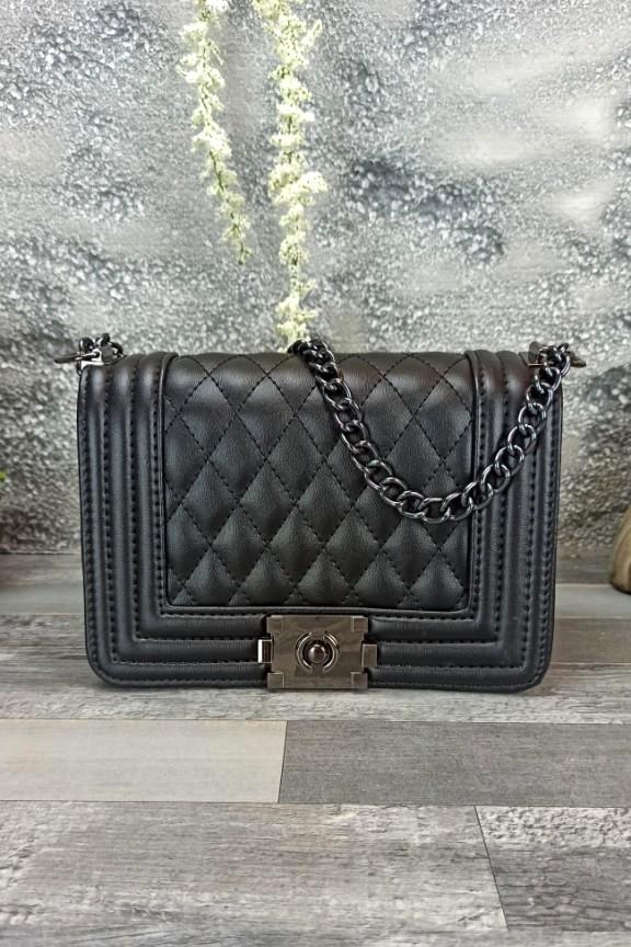 τσάντα-καπιτονέ-μαύρη