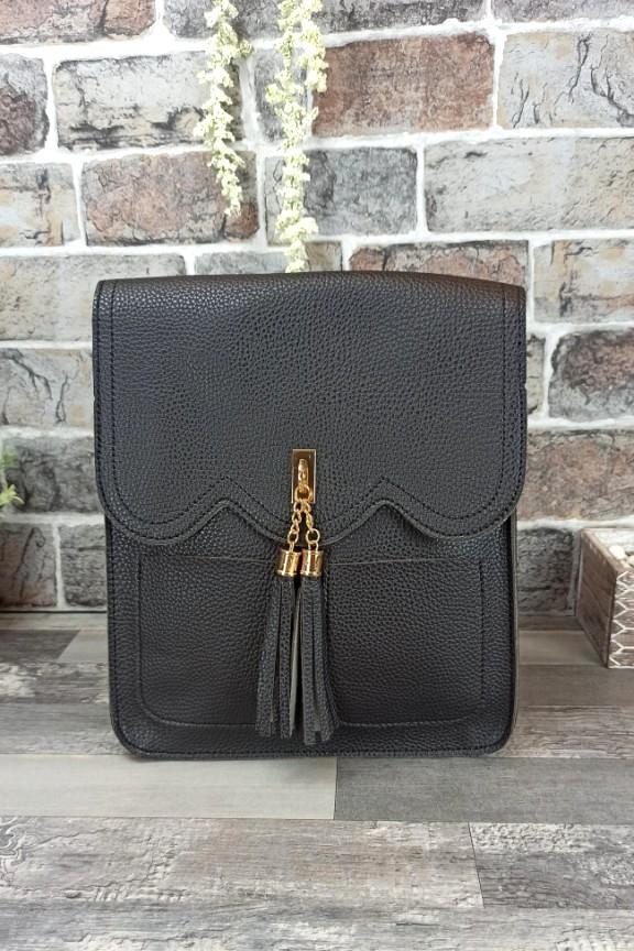 τσάντα-πλάτης-φουντάκι-μαύρη