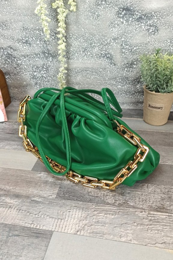 τσαντα-πουγγι-πρασινη-χρυση-αλυσιδα