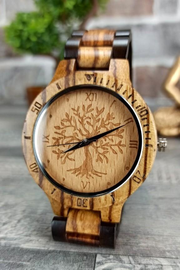 ξύλινο-ρολόι-δέντρο-μπρασελέ