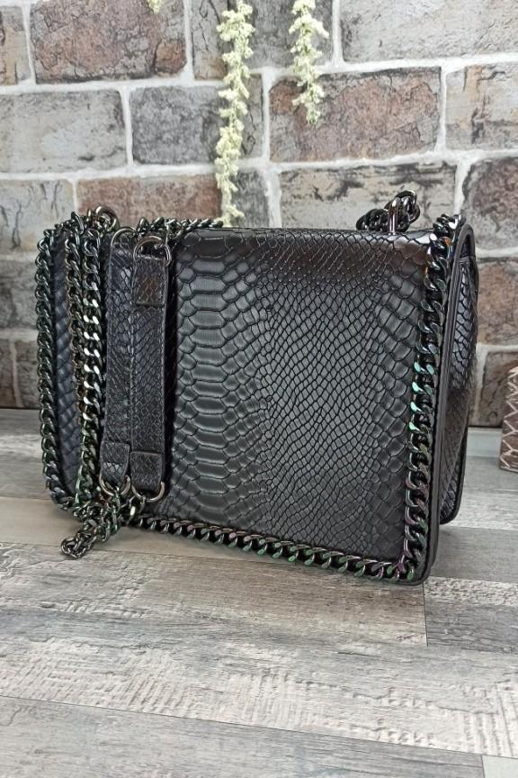 τσάντα-φίδι-αλυσίδα-μαύρη