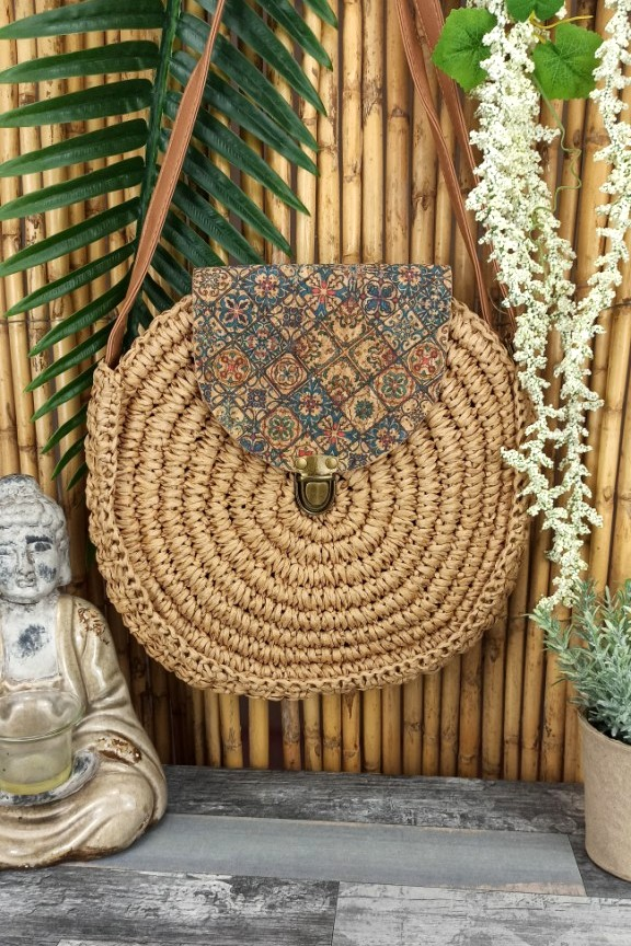 τσάντα-ψάθινη-στρογγυλή-φελλός