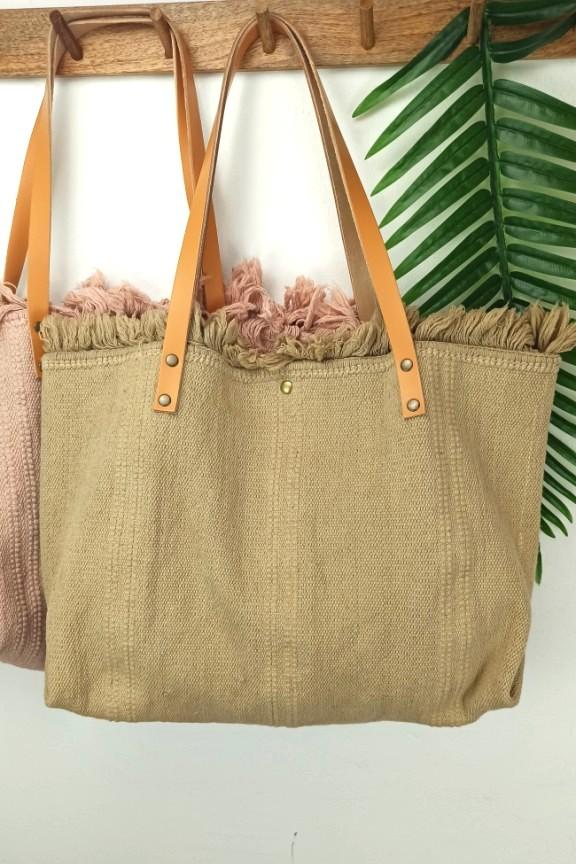 τσάντα-παραλίας-δέρμα-μπεζ-ανοιχτό
