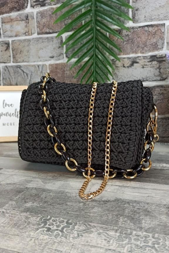 τσάντα-πλεκτή-χειροποίητη-μαύρη