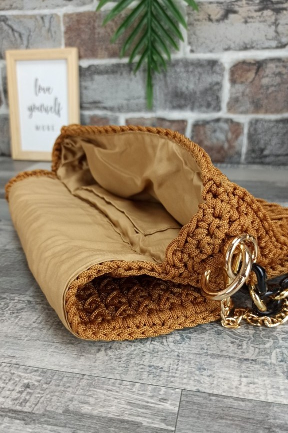 τσάντα-πλεκτή-χειροποίητη-ταμπά