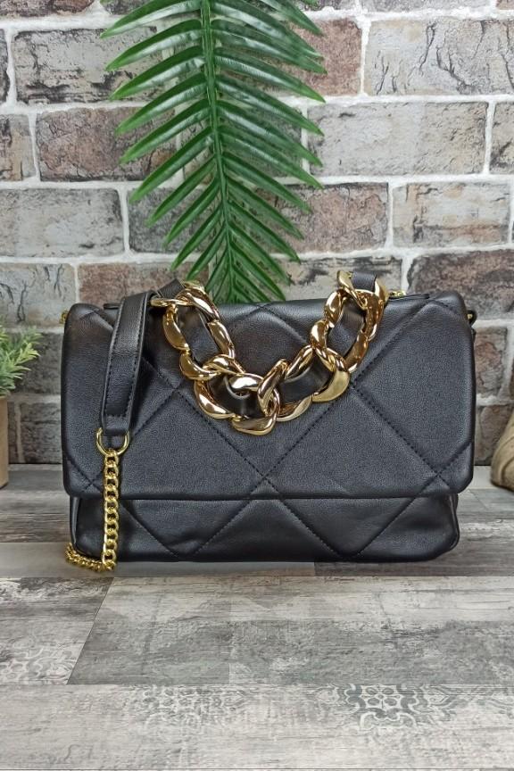 τσάντα-καπιτονέ-μαλακή-αλυσίδα-μαύρη