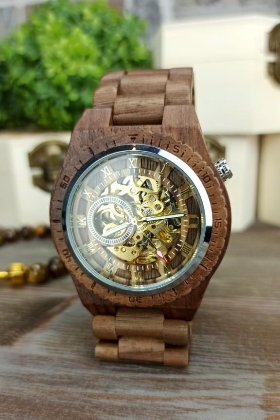 ξύλινο-ρολόι-αυτόματο-καρυδιά